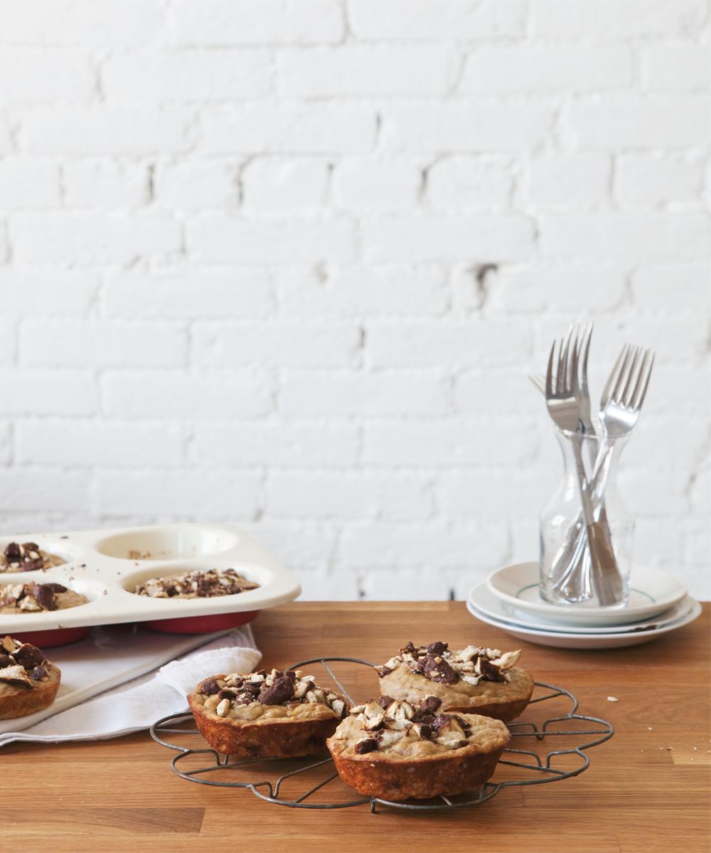 banana-chocolate-pretzel-muffins__0369_01.jpg