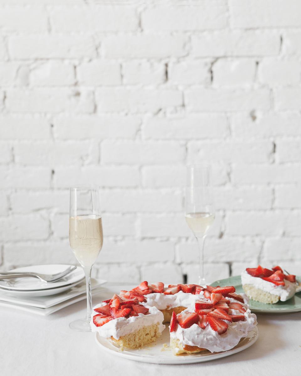 Limoncello-Ricotta-Strawberry-Cake__0110_flat.jpg