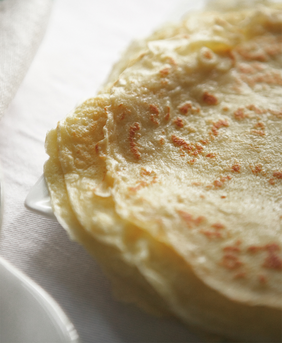 roasted-apricot-crepes_0748_editlr-copy.jpg