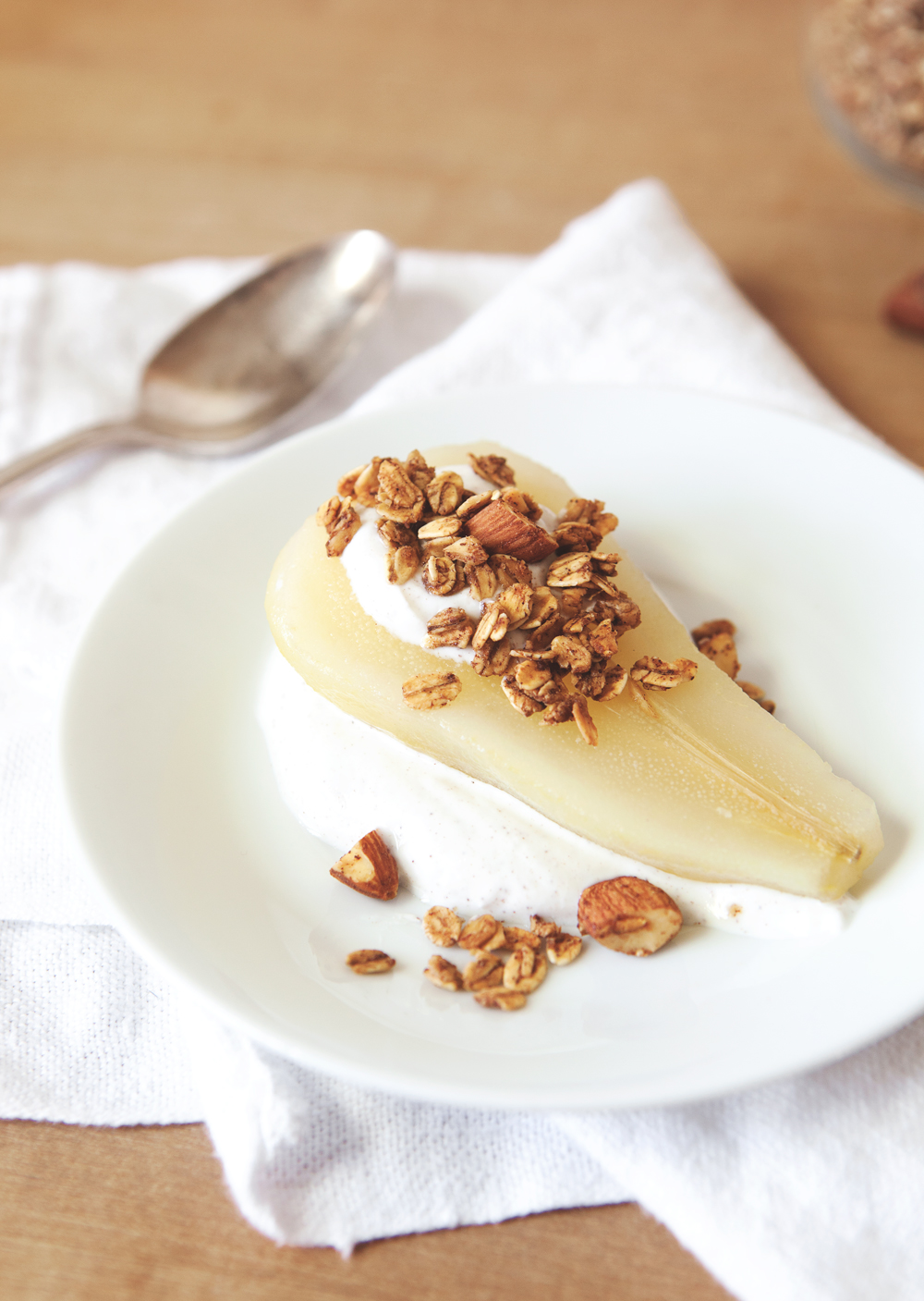 poached-pears-with-granola_02.jpg