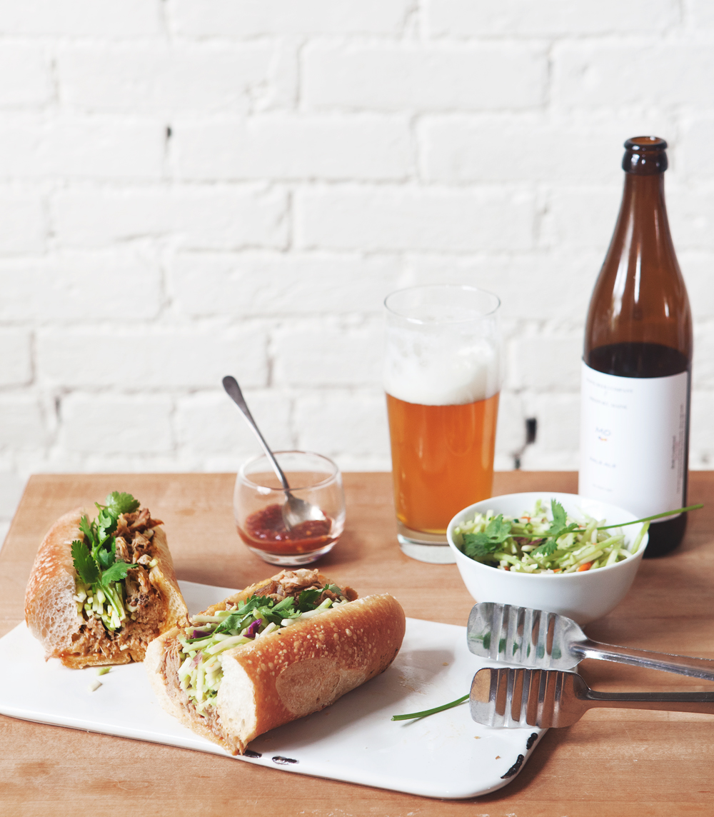 Thai-style-pulled-pork-banh-mi_01.jpg