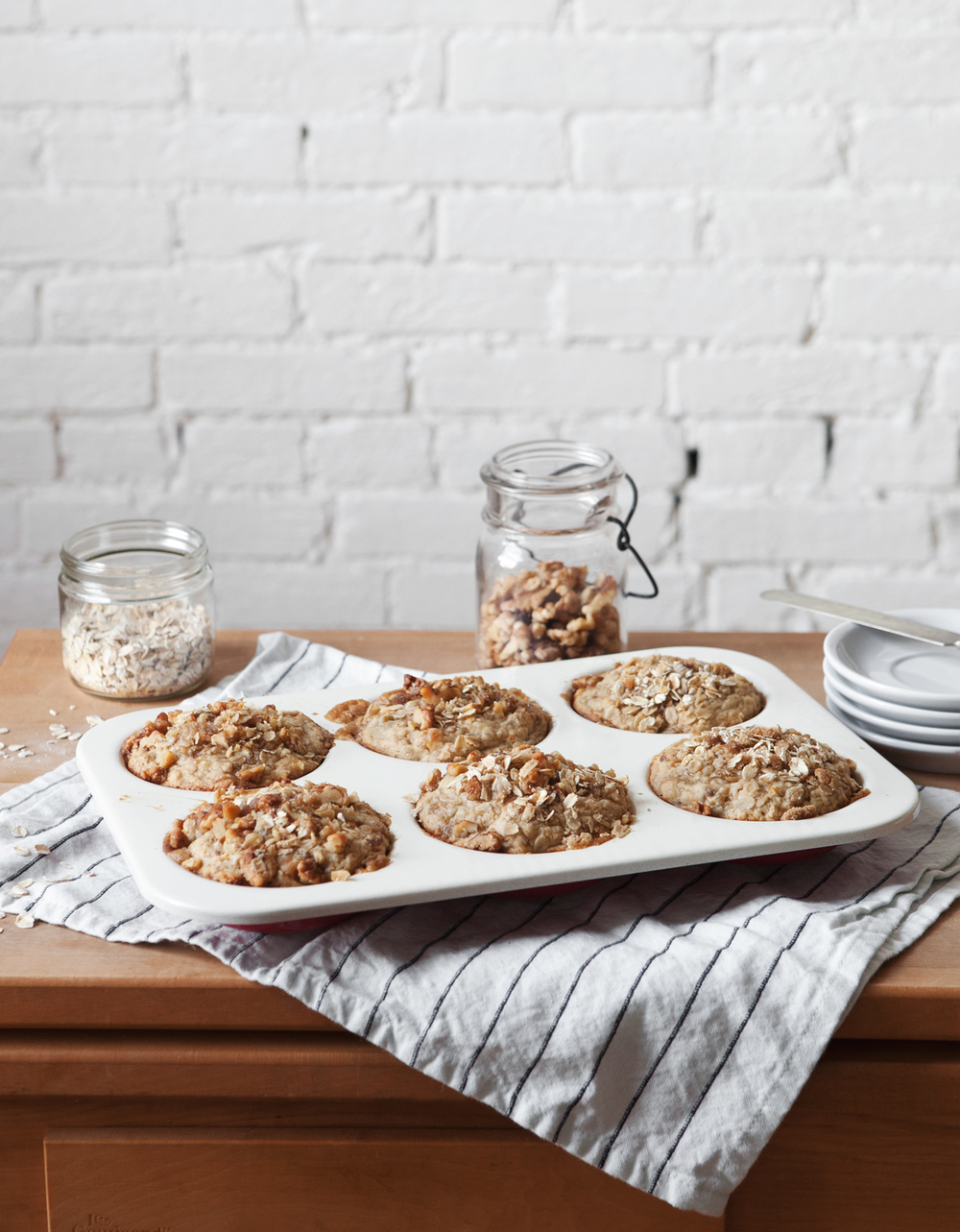 oat-and-banana-nut-muffins_01.jpg