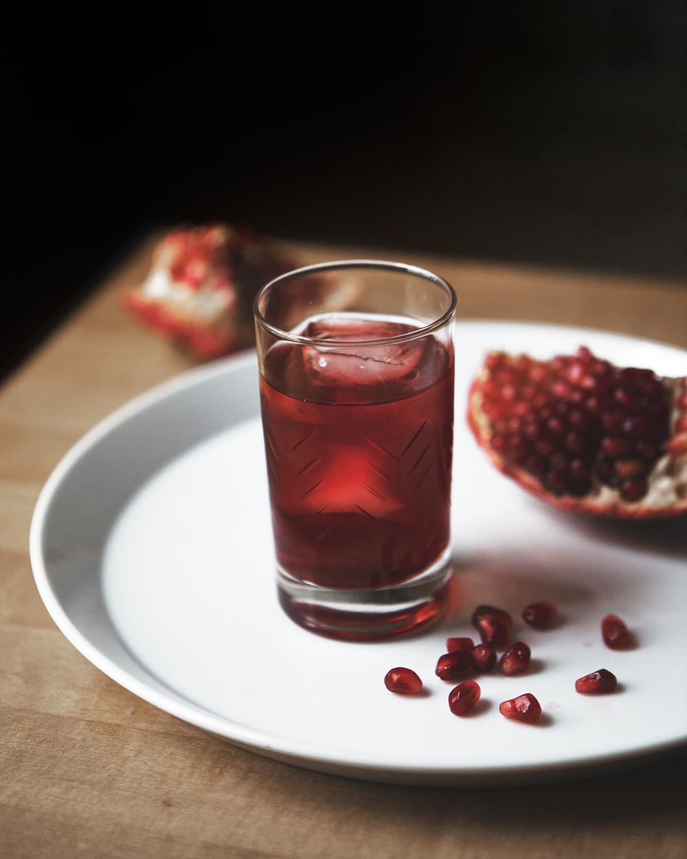 pomegranate_negroni_02.jpg