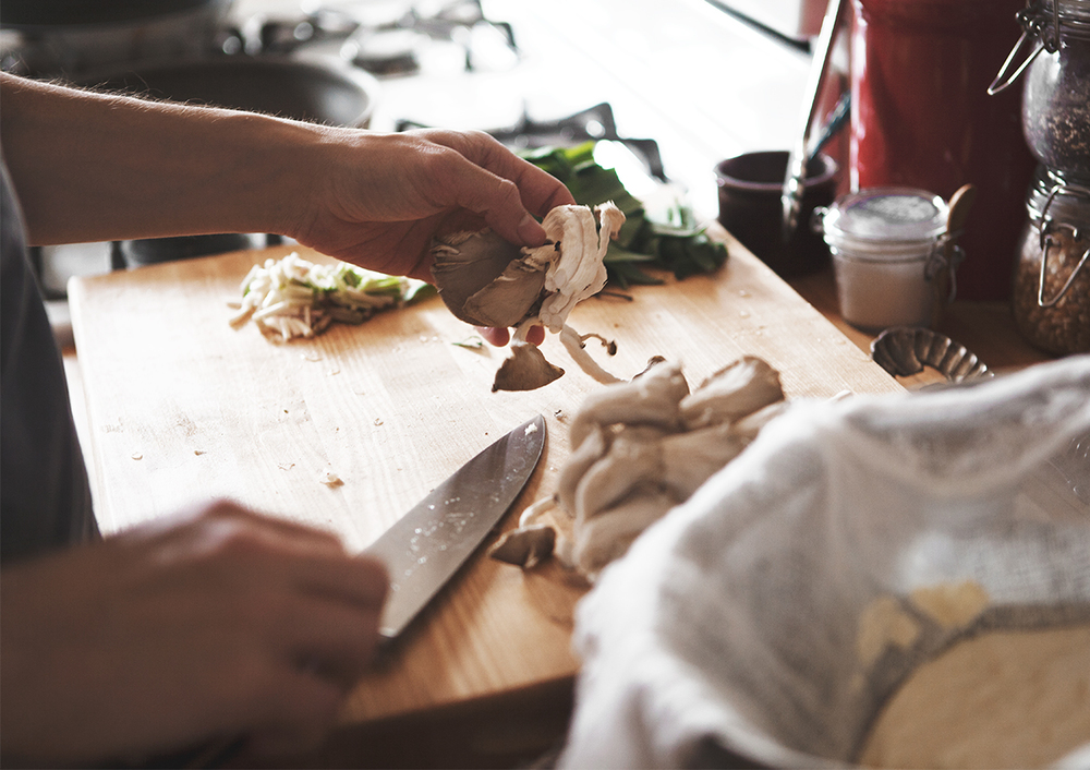 Ramp-Mushroom-and-Ricotta-Tartine_02.jpg