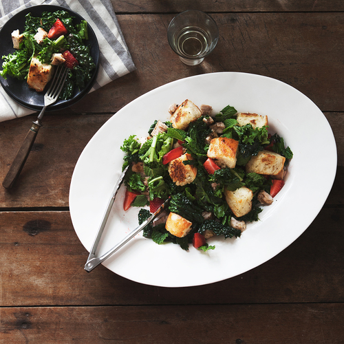 summery kale salad with grilled chicken