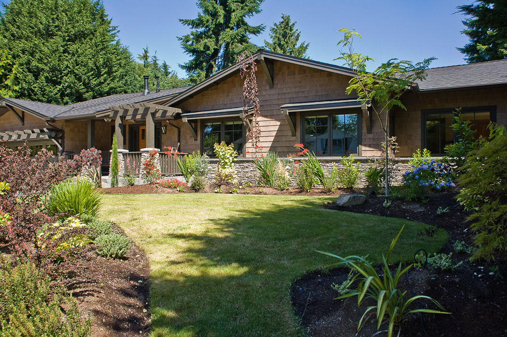 mercer-island-remodel-exterior-front-seattle-paul-moon-design-architecture-2.jpg
