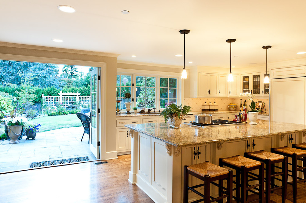 Queen anne remodel kitchen traditional kitchen seattle by ask home design - Seattle kitchen design ...