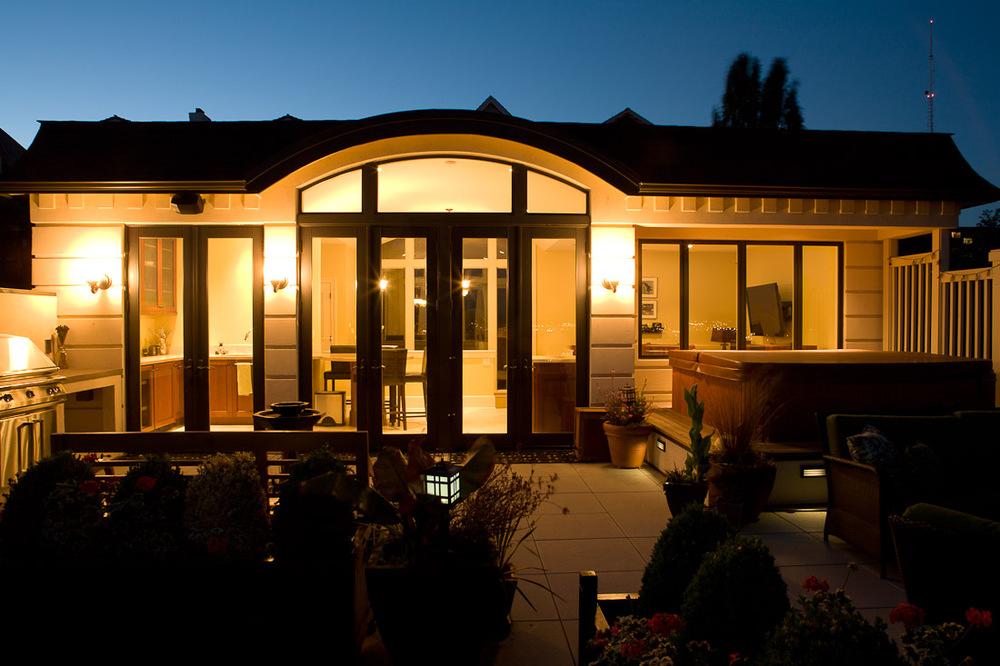 queen-anne-landscape-remodel-deck-paul-moon-design-seattle-architecture.jpg