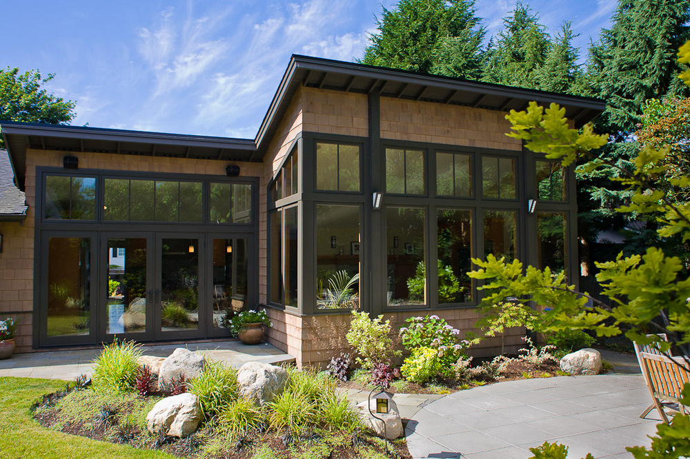 mercer-island-remodel-exterior-back-landscape-architecture-seattle-paul-moon-design-2.jpg