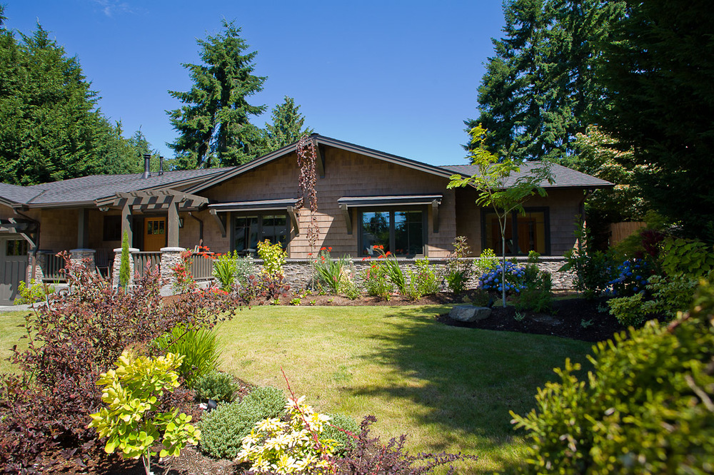 mercer-island-remodel-exterior-front-landscape-architecture-seattle-paul-moon-design-3.jpg