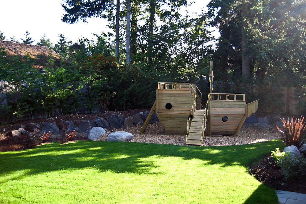 mercer-island-exterior-back-landscape-architecture-seattle-paul-moon-design-2.jpg
