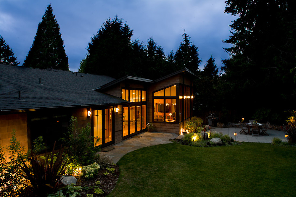 mercer-island-remodel-exterior-back-landscape-architecture-seattle-paul-moon-design-4.jpg