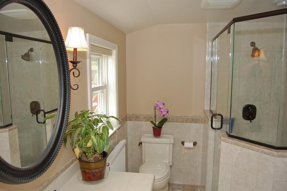 bathroom-tile-1143.jpg