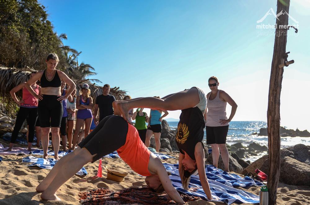 partner yoga-36.jpg