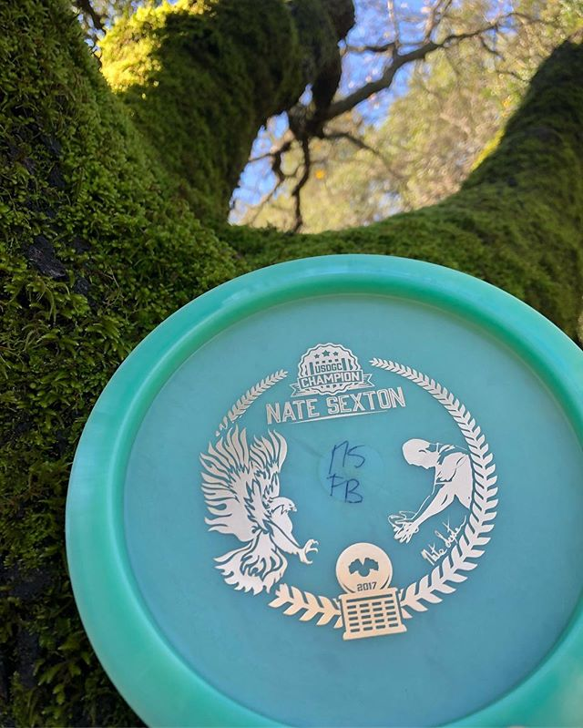 2019 #sexybirds dropped and I am excited! . . . #discgolf #natesexton #sextonfirebird #firebird #usdgc #bottomstamp #thediscgolfpodcast #throwstuffatstuff