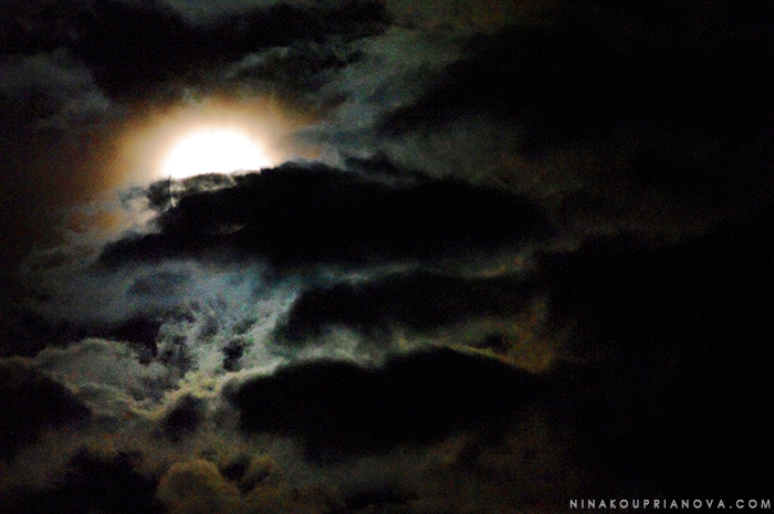 supermoon with clouds 1 700 px with url.jpg