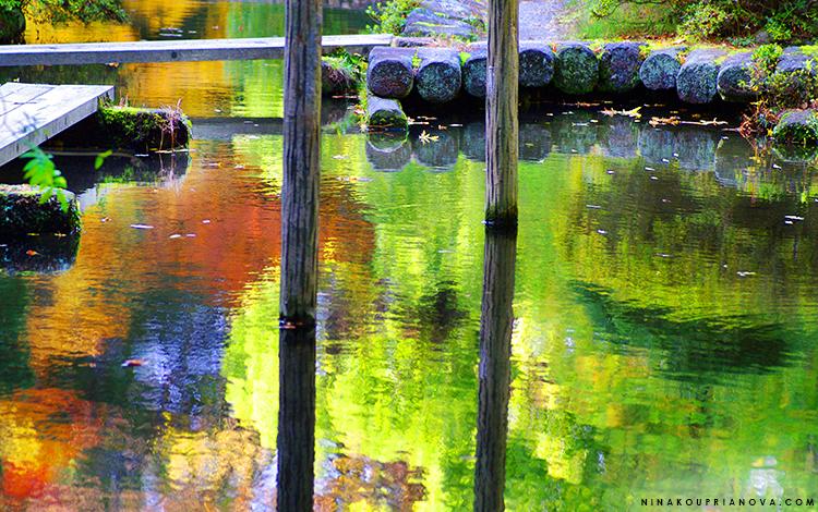 kanazawa oyama shrine pond formatted 750 px with url.jpg