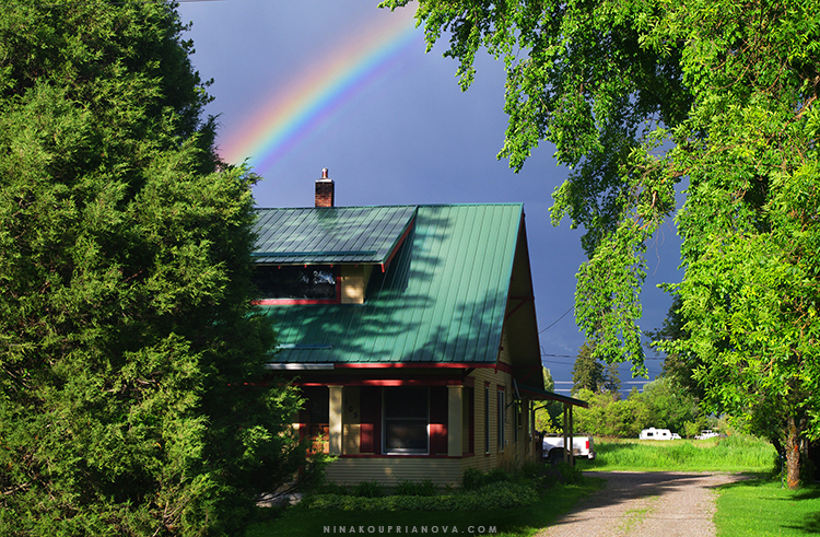 rainbow house 750 px with url.jpg
