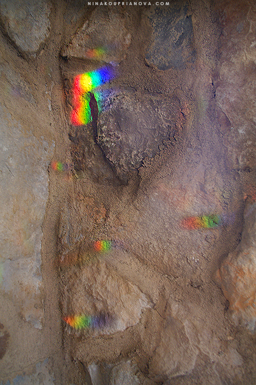 rainbow on rock 2 750 px with url.jpg