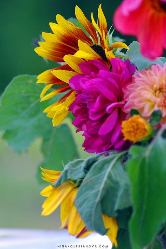 wedding flowers 800 px url.jpg