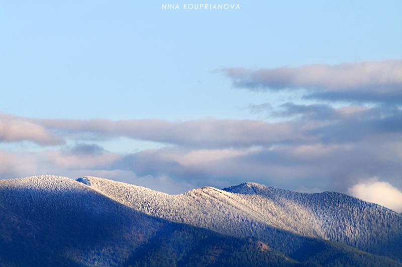 snowy peaks october 800 px url.jpg