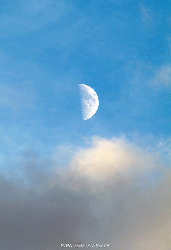 moon october 11 b 800 px url.jpg
