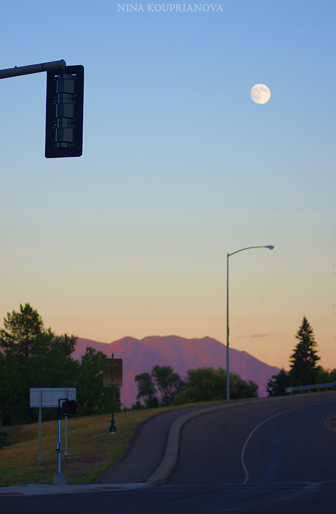 moon street light 2 1000 p.jpg