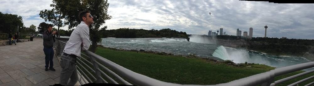 Niagara. Falls.