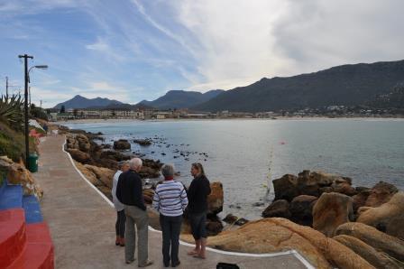 Locals discuss the Fish Hoek shark net