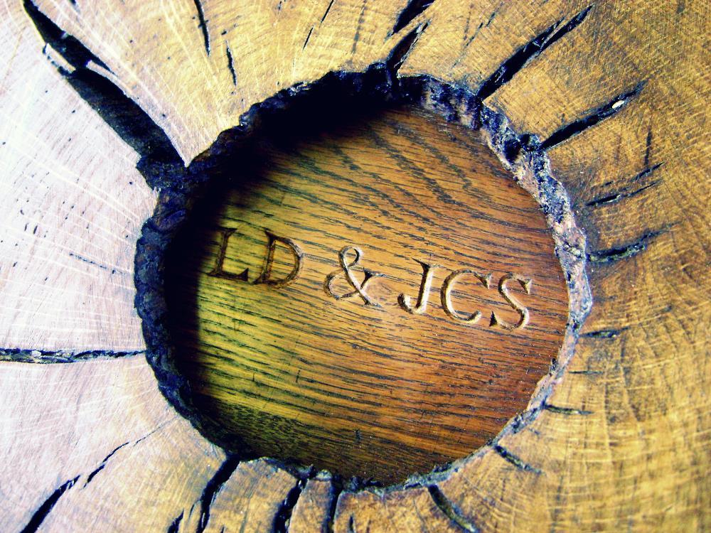 DSC05402cross.jpg