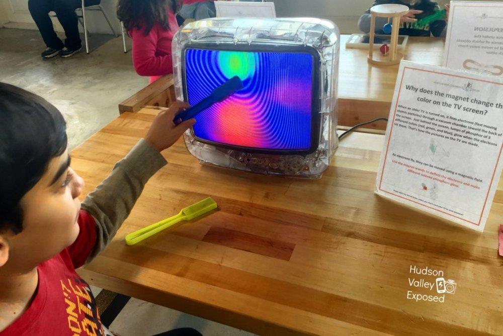 TV+magnet.jpg