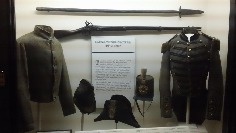 Prewar militia outfits.