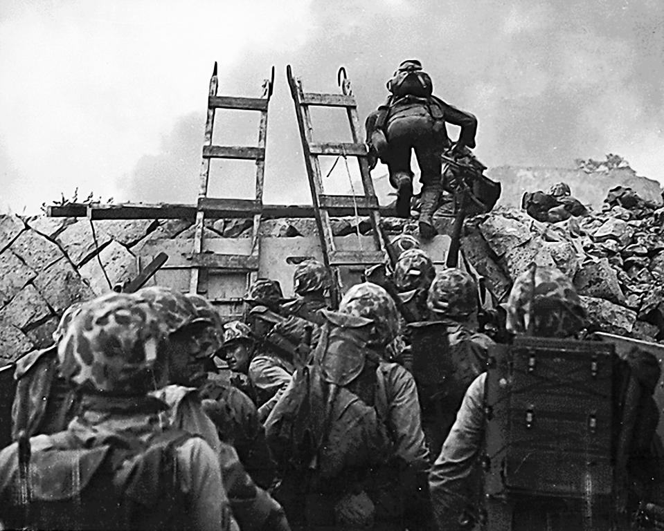 American Marines scale the sea wall at Inchon ... OORAH!
