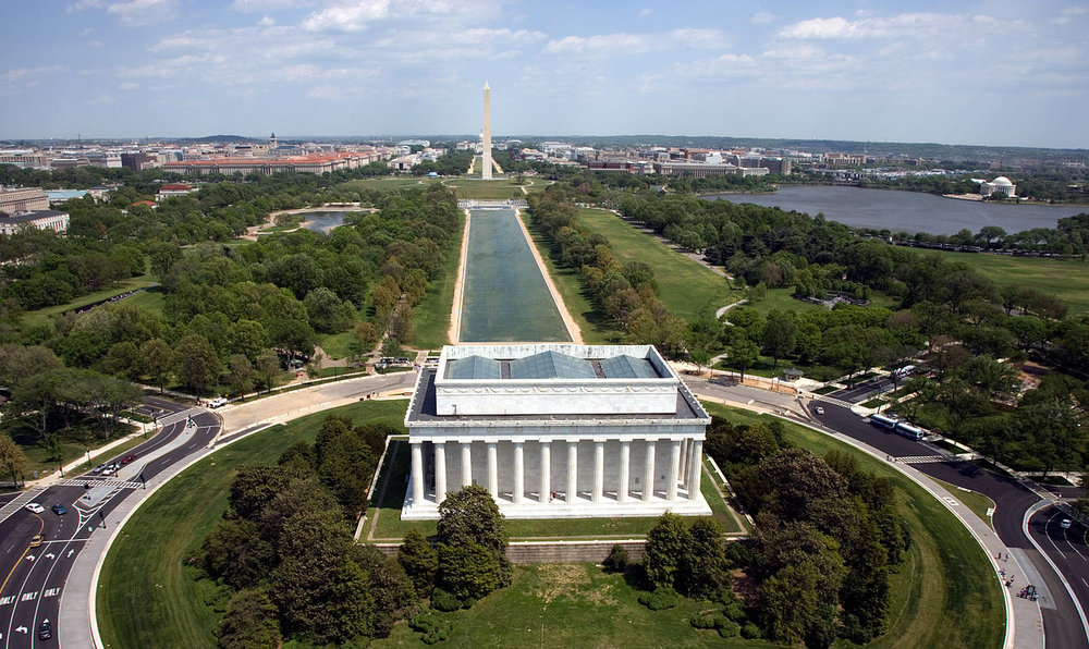 National Mall - A fascinating look at the city's monumental core. Walking. Approximately 2.5 hrs.