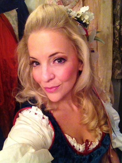 Giannetta in Donizetti's L'elisir d'amore