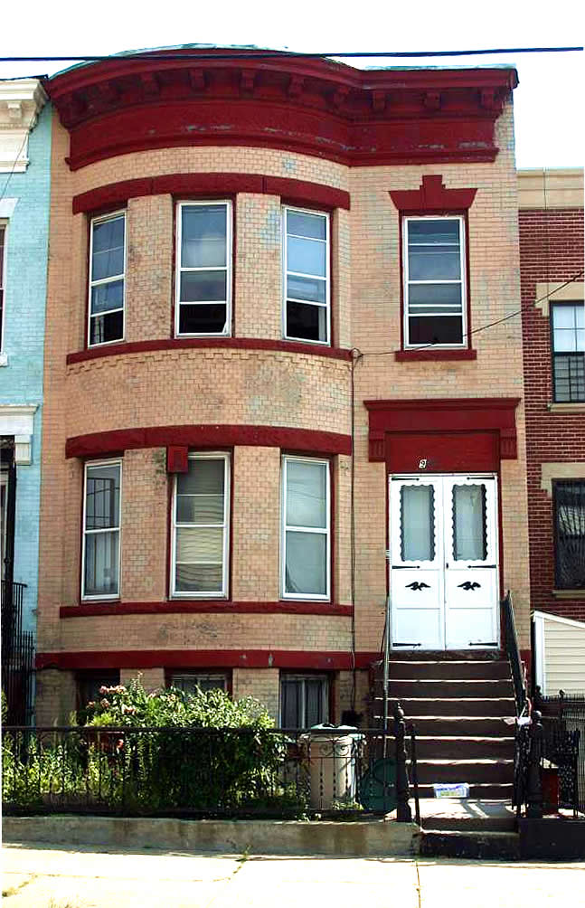 922 Herkimer Street, Bedford Stuyvesant - Represented Buyer closed at $750,000