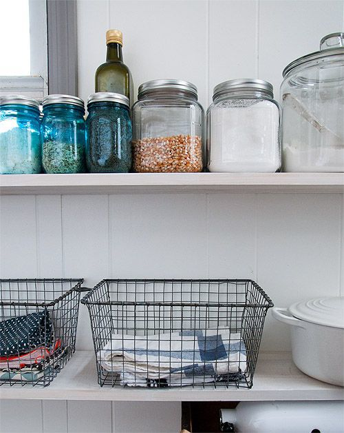Baskets to hold linens | That's Pretty Ace