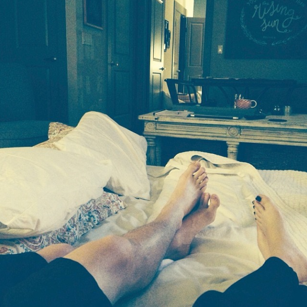 Date Night Idea - Sleepover in your living room! | That's Pretty Ace