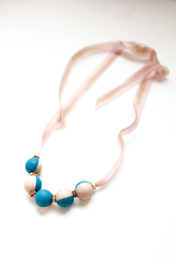 DIY Necklace - Modern Elegance | That's Pretty Ace