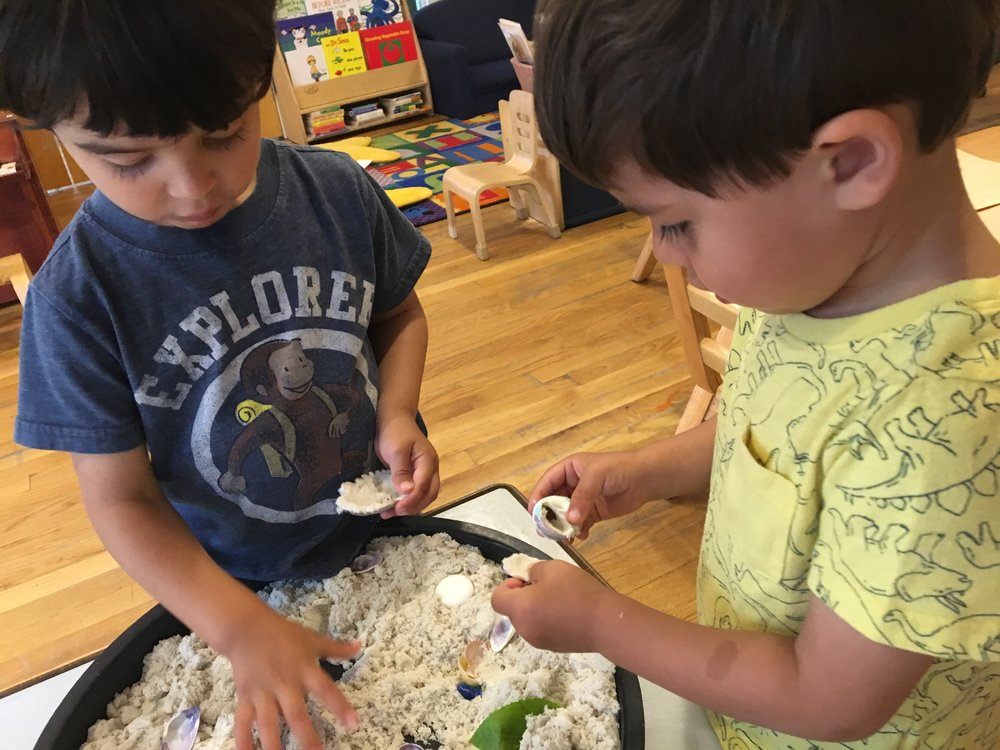 - Kinetic sand exploration