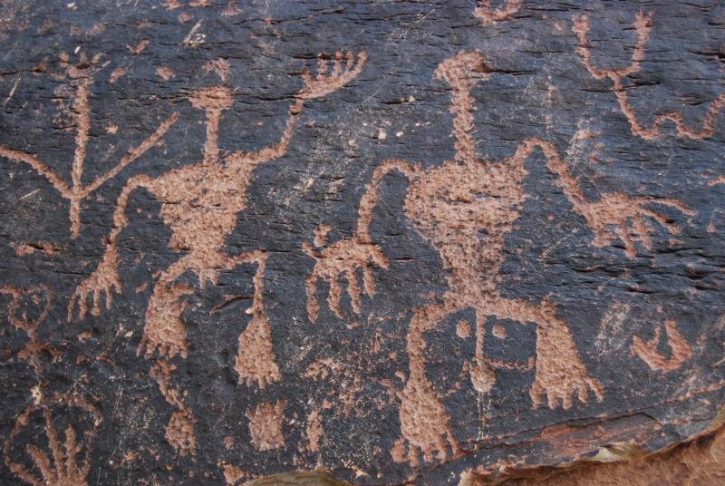 Petroglyphs at Newspaper Rock, Petrified Forest National Park (courtesy National Park Service, 2015-02-17).