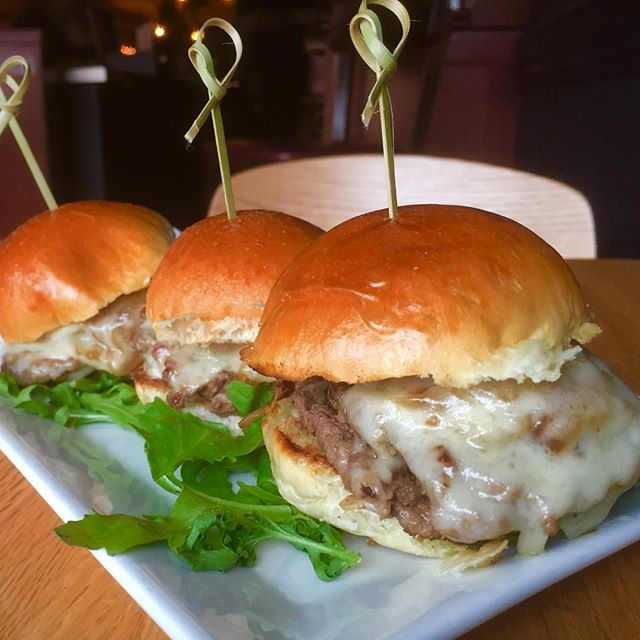 Slide in ! New specials !!!!! Balboa Sliders 🍔.Shaved beef, gruyere,caramelized onion ,horseradish & mini brioche buns . OMG ! Goes good with the 21st Amendment Blood Orange IPA . Wait ...it goes good with any of our beers .