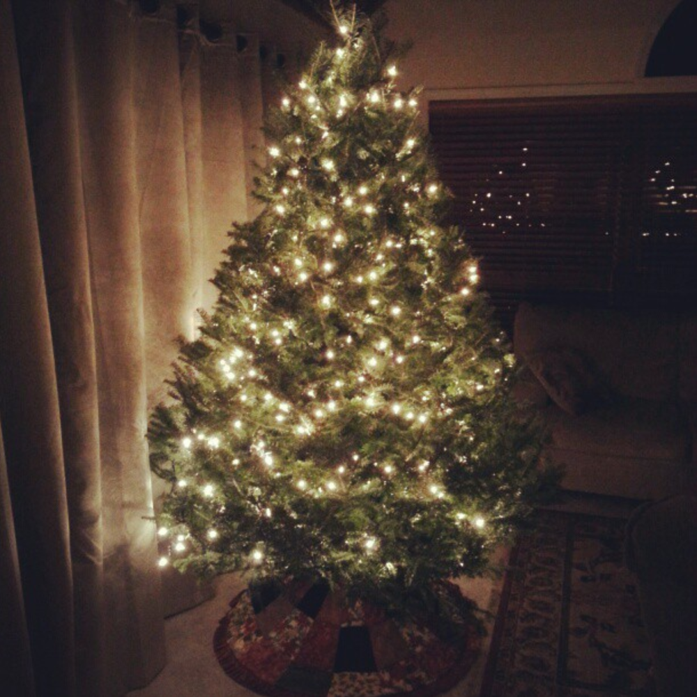Simple and beautiful Christmas tree at my mother's house