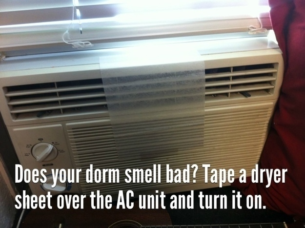 Life hacks for college students from  http://www.buzzfeed.com/peggy/important-life-hacks-every-college-student-should-know#zclbsw