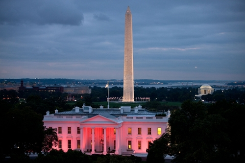 The White House lights up in honor of Breast Cancer Awareness Photo from Whitehouse.gov