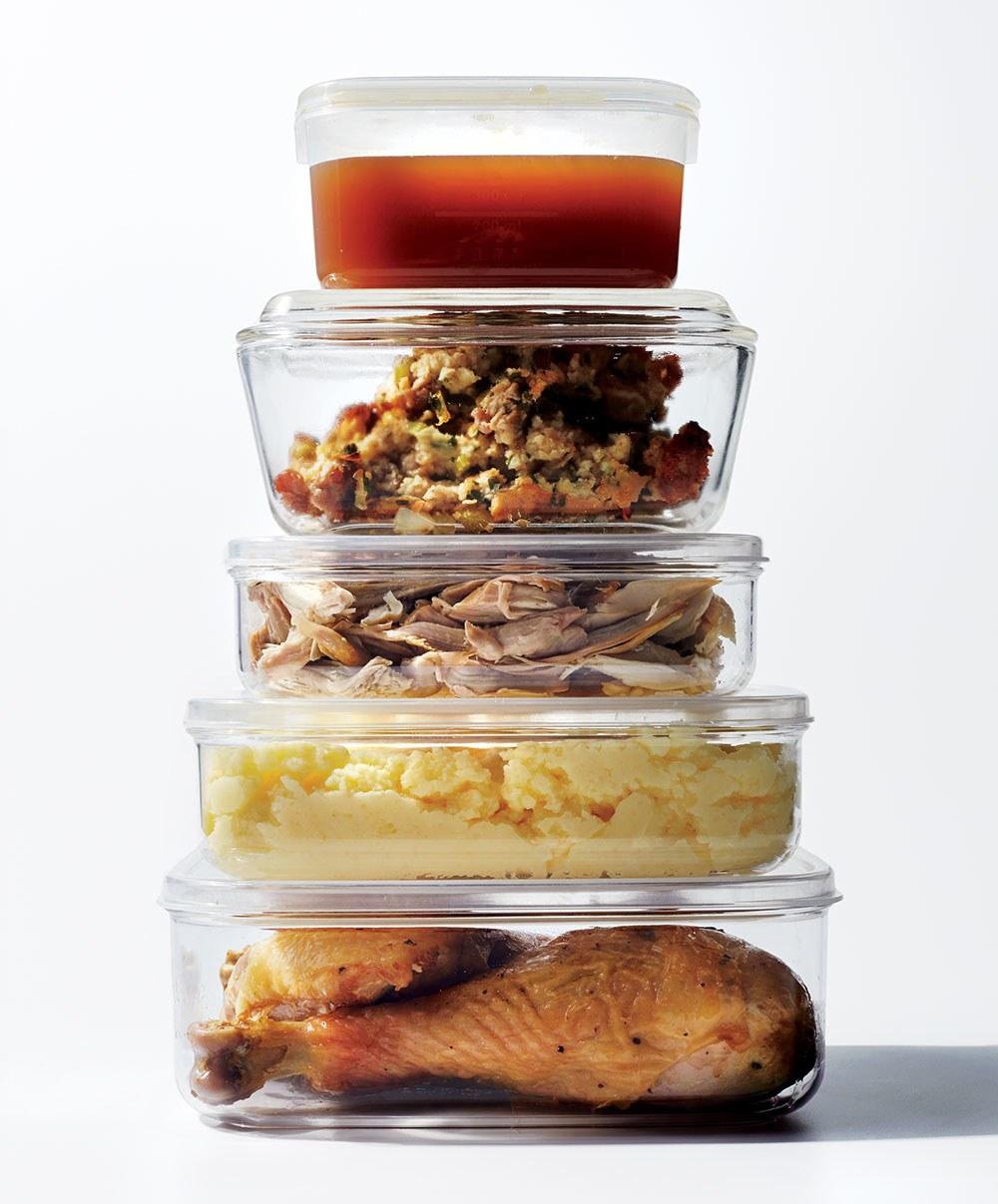 thanksgiving-leftovers-tupperware.jpg