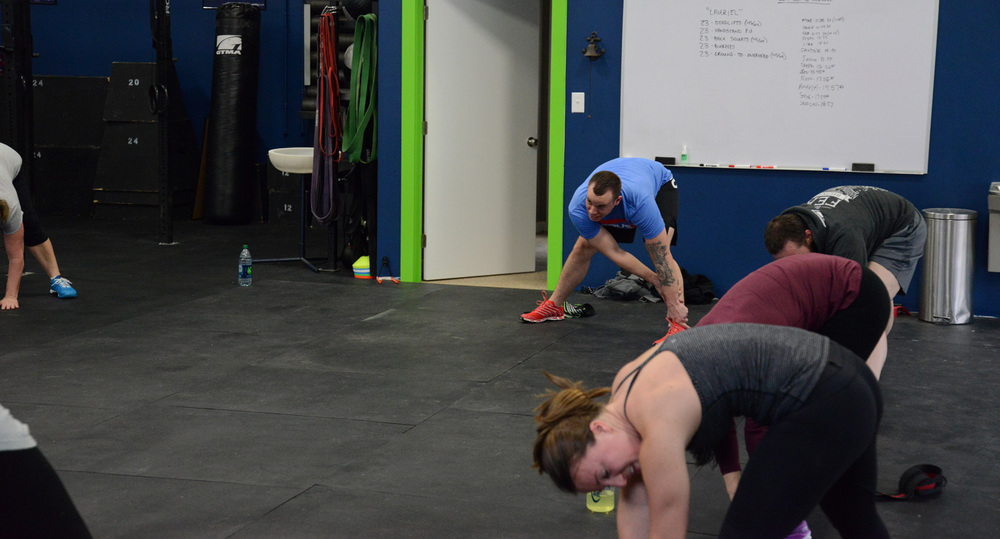 Group stretch after Saturday WOD