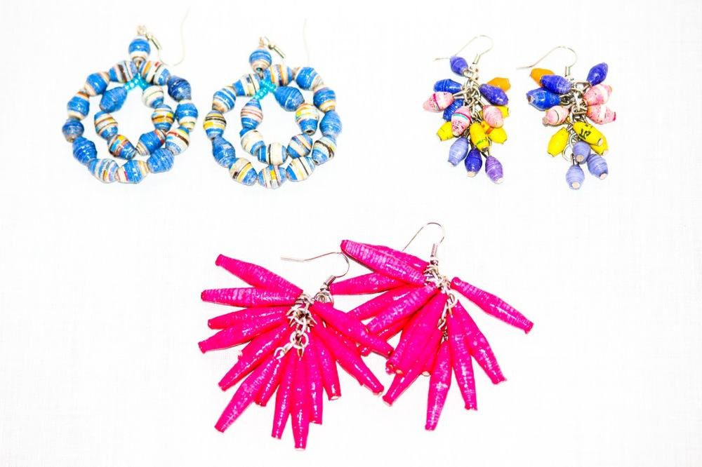 Recycled paper earrings made by Chako (3).jpg