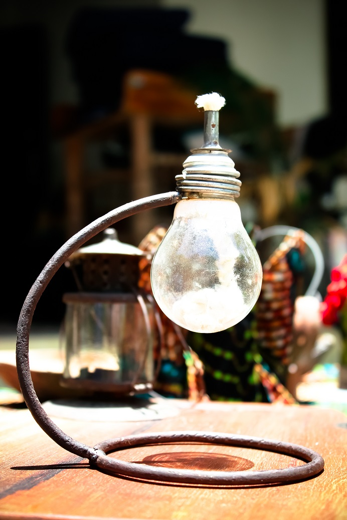 Recycled oil lamp made by Africraft.jpg