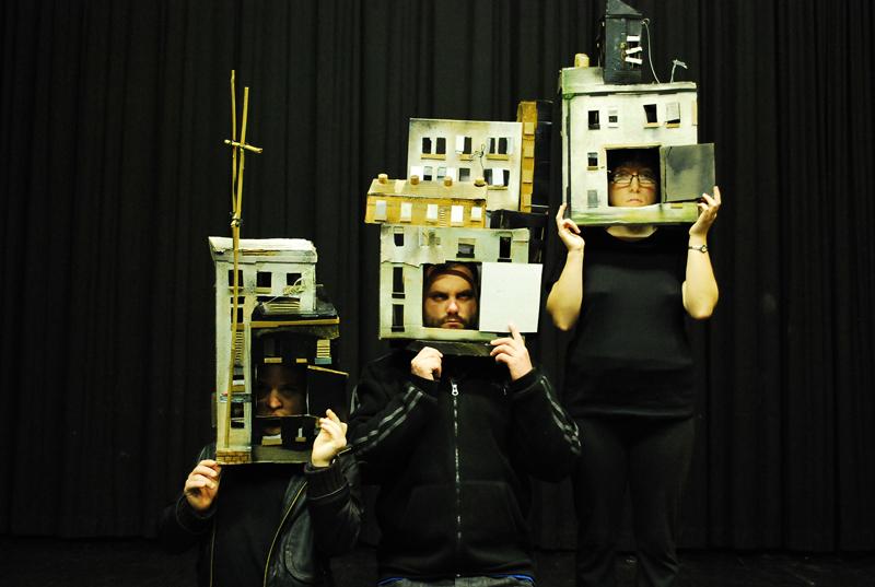City heads, Blue apple theatre.jpg